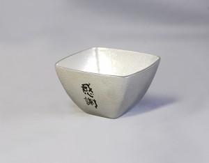 29小鉢-四角03